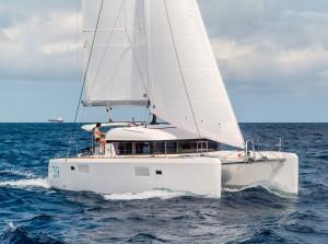 Lagoon39_Stbd_Sailing_CroYachting