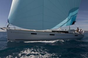 O45_Sailing_CroYachting