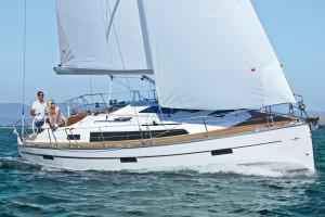B37_sailing_croYachting_New