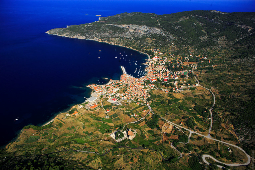 Croatia_Islands_Vis_Komiza_0036